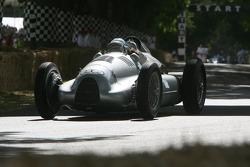 1938 Auto Union Type D: Nick Mason