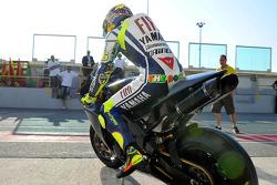 Валентино Росси, Fiat Yamaha Team на первых тестах после аварии