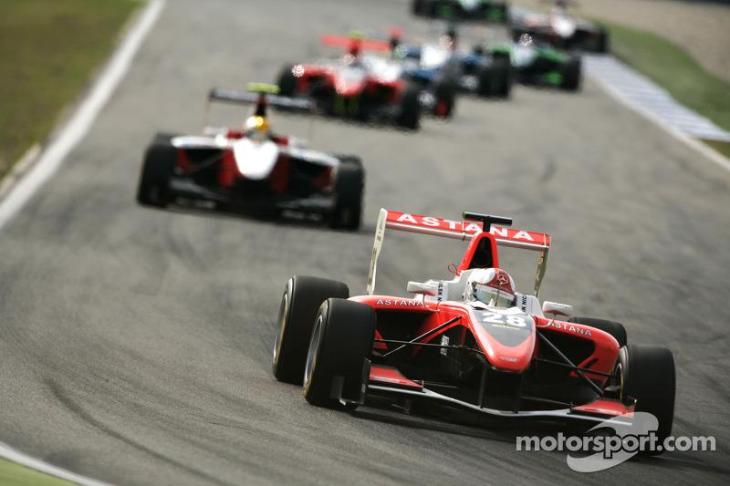 Daniel Juncadella rijdt voor Esteban Gutierrez en the field