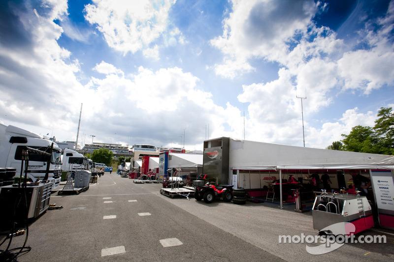 Le paddock du GP2