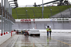 A late afternoon rain delays a practice session