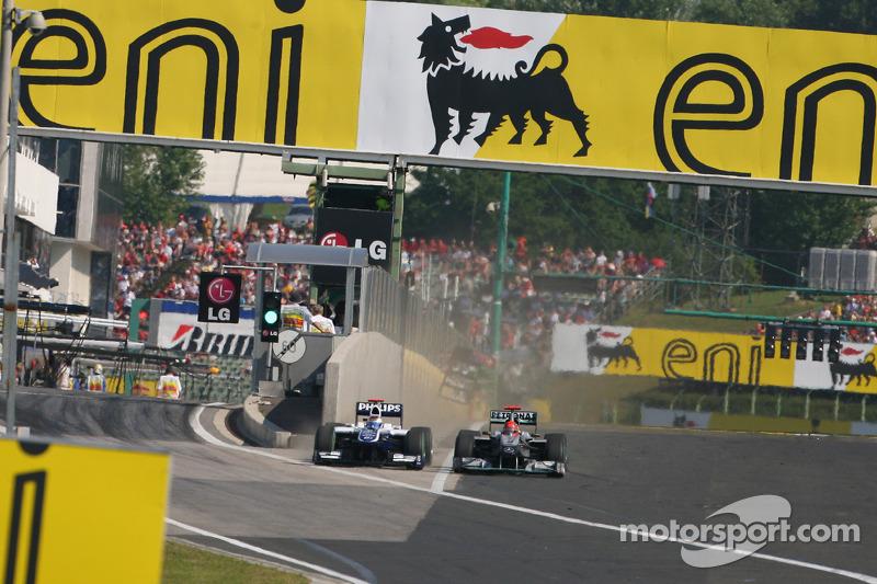 Rubens Barrichello, Williams F1 Team en Michael Schumacher, Mercedes GP