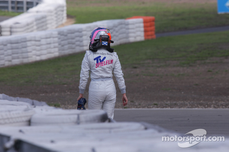 Susie Stoddart, Persson Motorsport, AMG Mercedes C-Klasse na crash