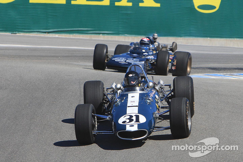 Dan Gurney geëerd, Eagle raceauto's in de paraderonde
