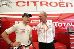 Даниэль Сордо и директор команды Citroën Total World Rally Team Оливье Кенсель
