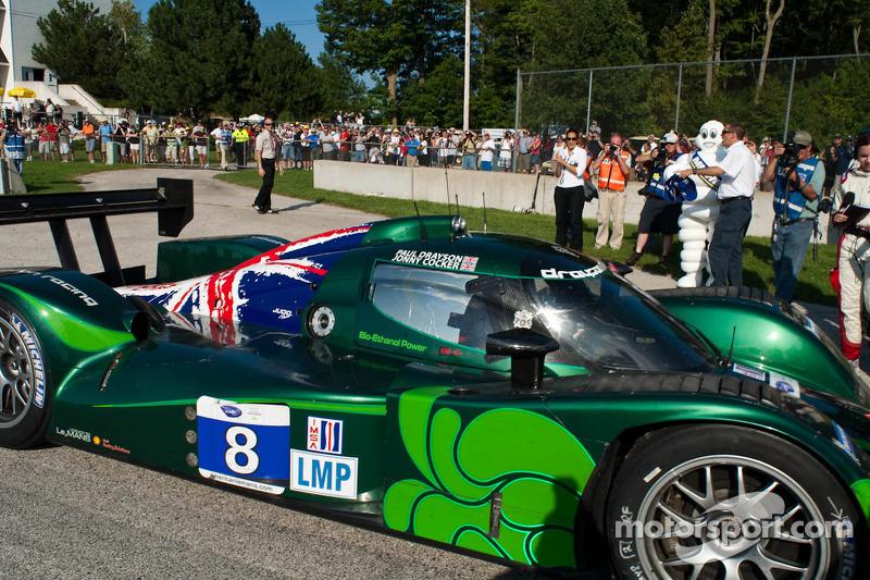 Race winnaar #8 Drayson Racing Lola B09 60 Judd: Paul Drayson, Jonny Cocker