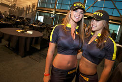 Pirelli farewell party: the lovely Pirelli girls