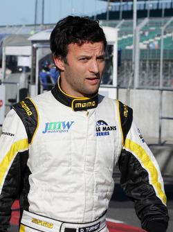 Darren Turner