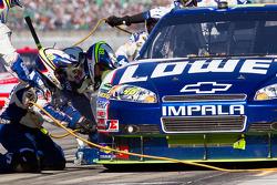 Pit stop for Jimmie Johnson, Hendrick Motorsports Chevrolet