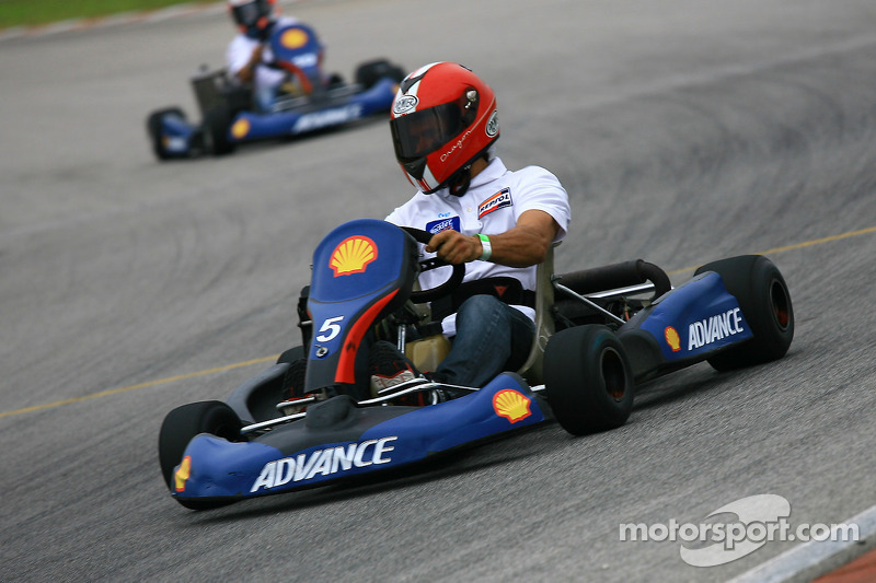 Pre-event go-kart: Alex Criville
