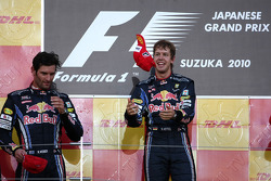 Podium: Sieger Sebastian Vettel, Red Bull Racing, 2. Platz Mark Webber, Red Bull Racing