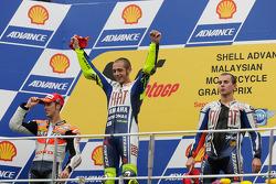 Podio: il vincitore della gara Valentino Rossi, Fiat Yamaha Team, il secondo classificato Andrea Dovizioso, Repsol Honda T