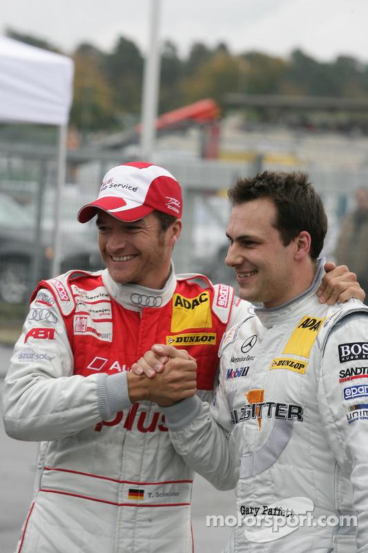 Polepositie Timo Scheider, Audi Sport Team Abt Audi A4 DTM, 3de Gary Paffett, Team HWA AMG Mercedes C-Klasse