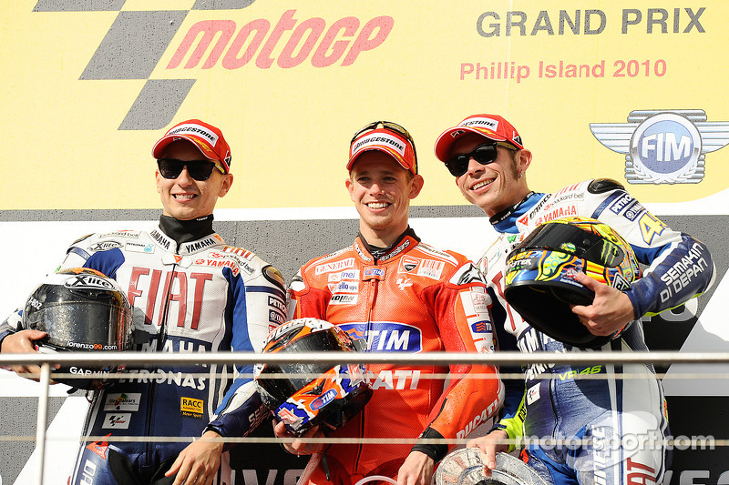 Podium: race winner Casey Stoner, Ducati Marlboro Team, second place Jorge Lorenzo, Fiat Yamaha Team, third place Valentino Rossi, Fiat Yamaha Team