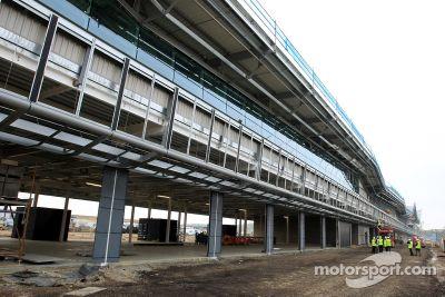 Silverstone construction