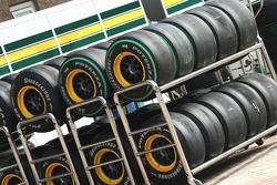 Lotus F1 Team, Bridgestone tyres