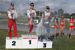 Course de karting au Rallye de Catalunya : vainqueur Sébastien Loeb, deuxième Daniel Sordo, troisième Jari-Matti Latvala