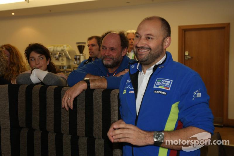 Christian Loriaux en George Black bij de 'Vaarwel recordbrekende Ford Focus RS WRC' feest bij Cardif