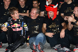 Race winner and 2010 Formula One World Champion Sebastian Vettel, Red Bull Racing, celebrates with his team