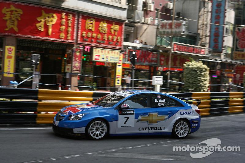 2012 - Robert Huff (Chevrolet Cruze LT)