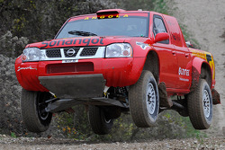 Team Dessoude: Carlos Oliveira test de Nissan Pickup