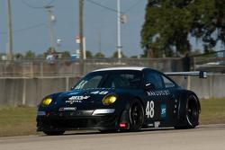 #48 Paul Miller Racing Porsche 997 GT3 RSR: Bryce Miller