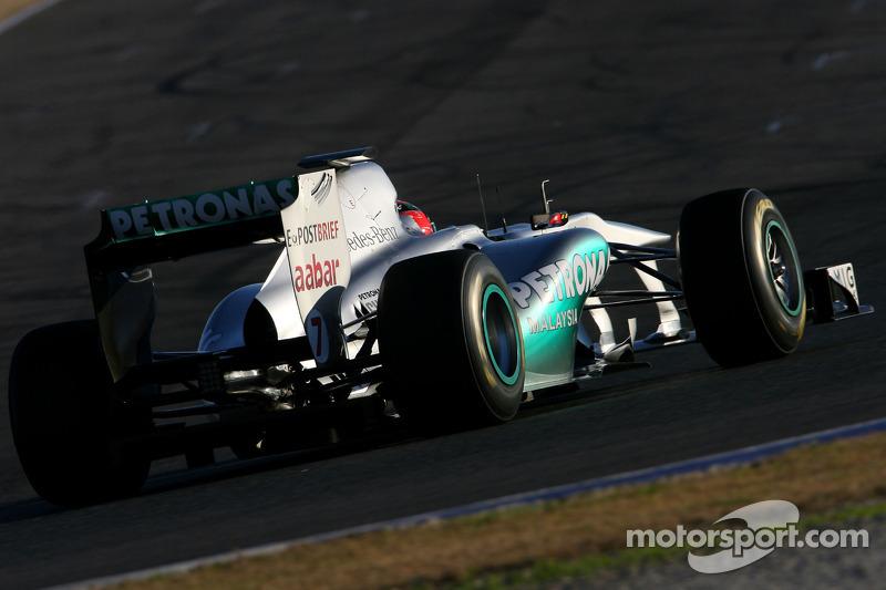 Mercedes lideró la pretemporada 2011