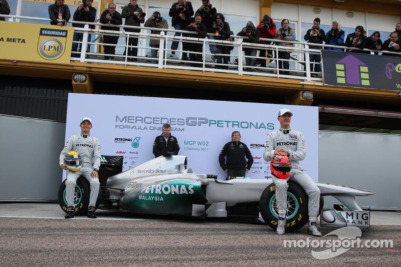 Nico Rosberg, Mercedes GP F1 Team with Ross Brawn Team Principal, Mercedes GP, Norbert Haug, Mercedes, Motorsport chief and Michael Schumacher, Mercedes GP F1 Team