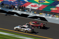 #59 Brumos Racing Porsche GT3: Andrew Davis, Hurley Haywood, Leh Keen, Marc Lieb, #60 Michael Shank Racing Ford Riley: Marc Goossens, Oswaldo Negri, John Pew, Michael Valiante