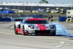 #40 Robertson Racing Doran Ford GT: David Robertson, Andrea Robertson, Boris Said