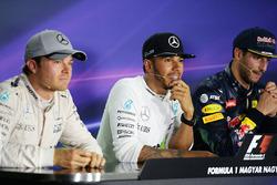 Pressekonferenz: Sieger Lewis Hamilton, Mercedes AMG F1 Team; 2. Nico Rosberg, Mercedes AMG F1 Team; 3. Daniel Ricciardo, Red Bull Racing