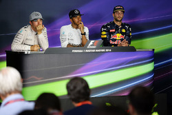 Press conference: winner Lewis Hamilton, Mercedes AMG F1 Team, second place Nico Rosberg, Mercedes AMG F1 Team, third place Daniel Ricciardo, Red Bull Racing