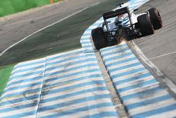 Valtteri Bottas, Williams FW38 fa scintille