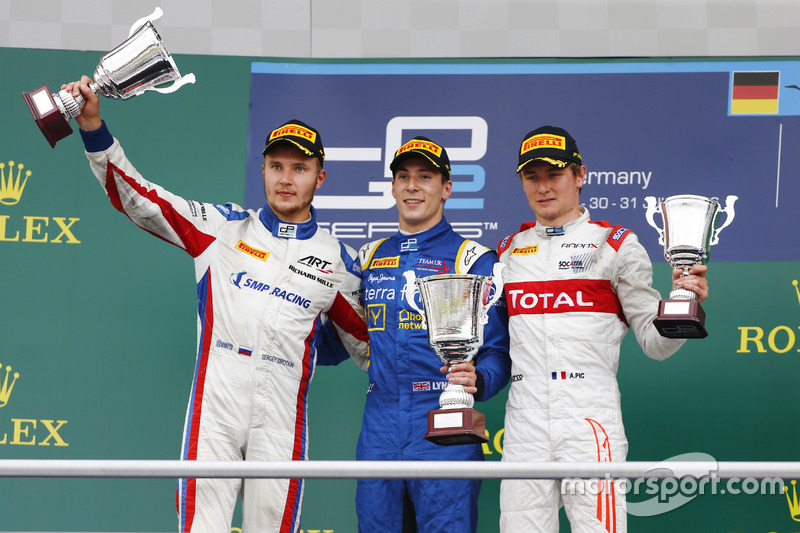 Podium : le vainqueur Alex Lynn, DAMS; le deuxième Sergey Sirotkin, ART Grand Prix; le troisième Arthur Pic, Rapax