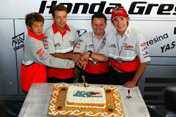 Daijiro Kato, Fortuna Honda Gresini celeberate the 100th GP of the Team Gresini