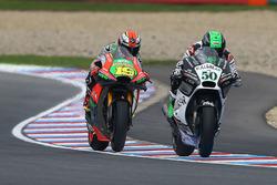 Eugene Laverty, Aspar MotoGP Team; Alvaro Bautista, Aprilia Racing Team Gresini