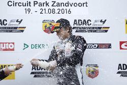 Podium: Kami Laliberté, Van Amersfoort Racing