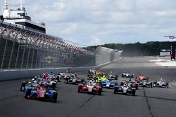Start: Mikhail Aleshin, Schmidt Peterson, Motorsports, führt
