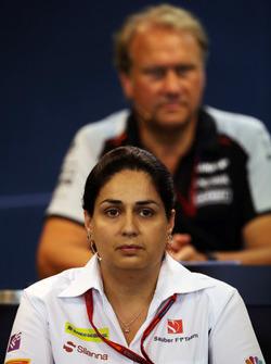 Мониша Кальтенборн, руководитель Sauber на пресс-конференции FIA