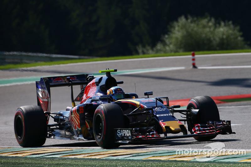 14º Carlos Sainz Jr., Scuderia Toro Rosso STR11