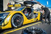 #16 Team Duqueine Renault RS01: Gilles Duqueine