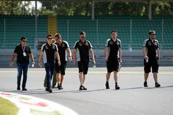 Alfonso Celis Jr., Sahara Force India F1 Geliştirme pilotu, pist yürüyüşü