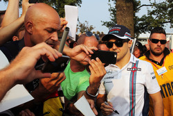 Felipe Massa, Williams with fans