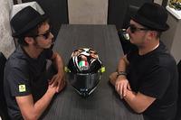 Valentino Rossi, Yamaha Factory Racing con Uccio Salucci e il suo casco Blues Brothers