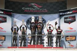 Podyum ST Class: 1. #56 Murillo Racing Porsche Cayman: Jeff Mosing, Eric Foss, 2.#93 HART Honda Civic Si: Chad Gilsinger, Ryan Eversley, 3. #19 RS1 Porsche Cayman: Greg Strelzoff, Connor Bloum