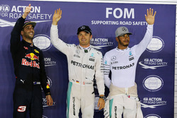 Pole position para Nico Rosberg, Mercedes AMG F1; segundo Daniel Ricciardo, Red Bull Racing; y tercero Lewis Hamilton, Mercedes AMG F1