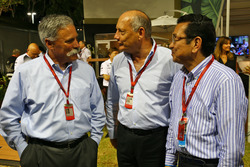 (L to R): Chase Carey, Formula One Group Chairman with Ron Dennis, McLaren Executive Chairman and Takahiro Hachigo Honda CEO
