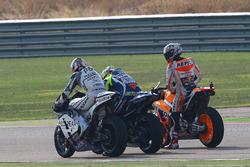 Йонні Ернандес, Aspar Racing Team, Валентино Россі, Yamaha Factory Racing, Марк Маркес, Repsol Honda Team