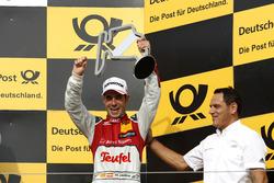 Подиум: Мигель Молина, Audi Sport Team Abt Sportsline, Audi RS 5 DTM, и руководитель Abt-Audi Ханс-Юрген Абт