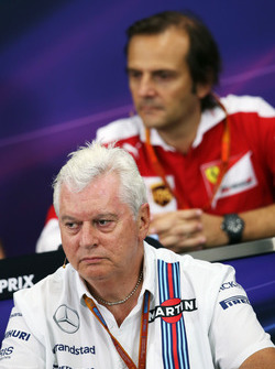 Pat Symonds, Williams director técnico en la Conferencia de prensa FIA
